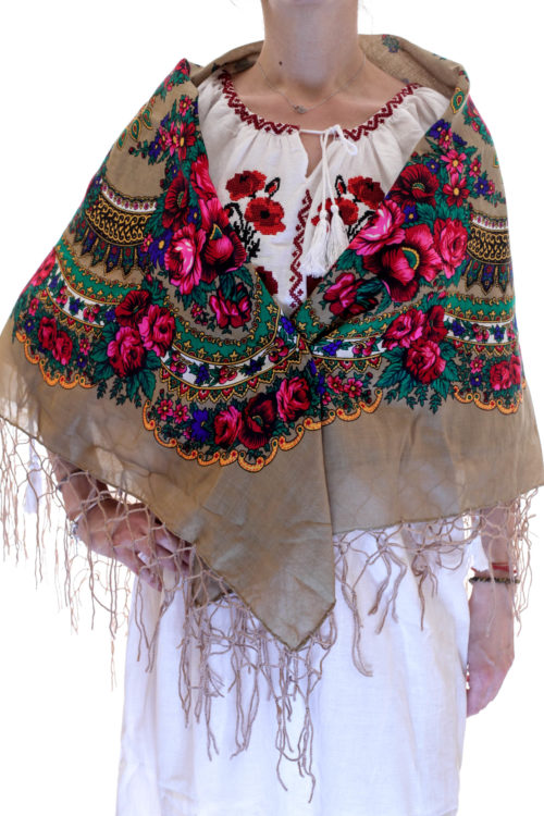 Batic traditional ciucuri camel